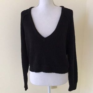 NWT! Free People Small crop v neck sweater